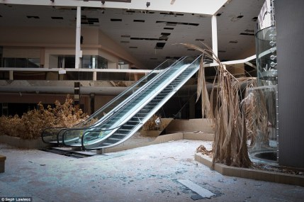 Closed Mall